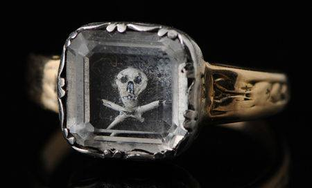 Ring of mouring worn in the 17th century a rare relic